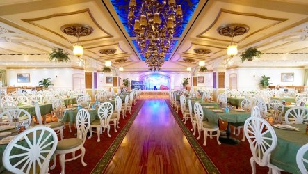 cruise ship dining rooms disney most main tiana wonder place line restaurants travelpulse leppert jason