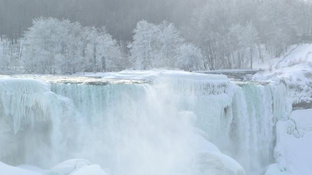 Freezing Temperatures Turn Niagara Falls Into Icy Spectacle  TravelPulse