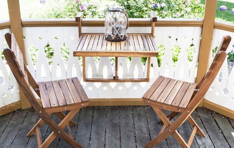 balcony friendly patio furniture