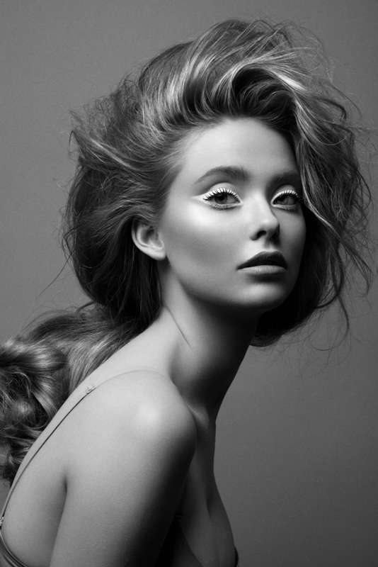 Alabaster CatEye Beauty Looks  Black and White Beauty by