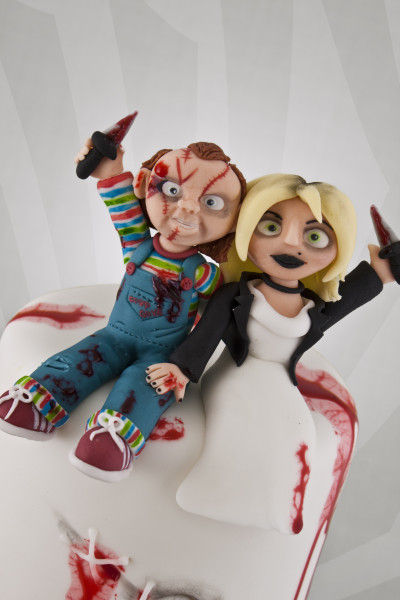 Horror Film Wedding Cakes  bride of chucky