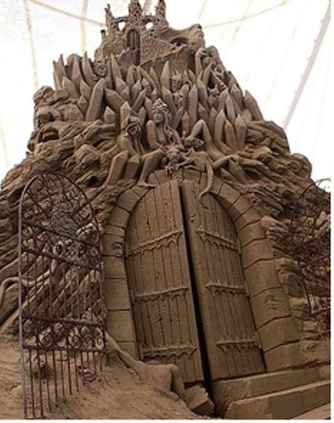 Epic Poem Sand Castles  Dantes Inferno Sand Sculptures