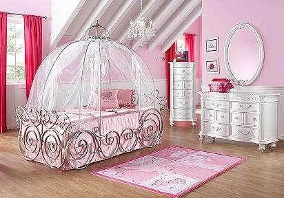luxuriously royal sleepers : disney princess bedroom sets