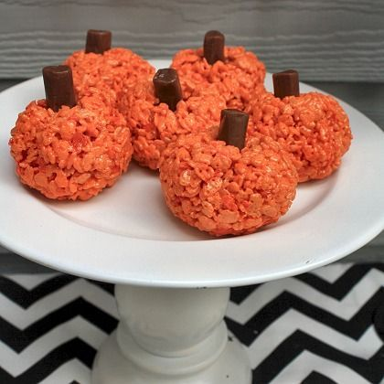 Prepare to be the master of (diy) disguise this halloween. Delicious Diy Desserts Halloween Pumpkin Treats