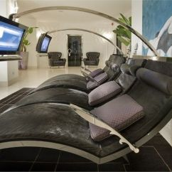 High Top Table Chair Set Star Trek Captain S Plans 36 Examples Of High-tech Furniture
