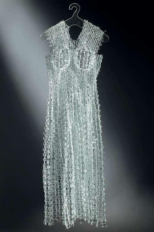 Glass Fashion Mariana and Susanna Sent Create SeeThrough Styles