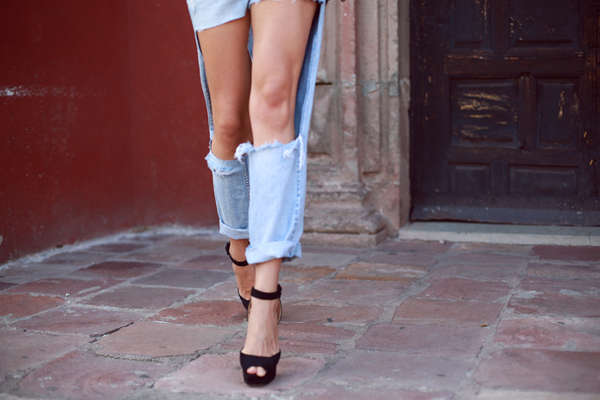 DIY Missing Material Jeans  ripped jeans