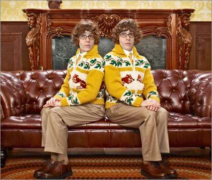 Blog Branded Phone Ads Sprint Awkward Holiday Portrait