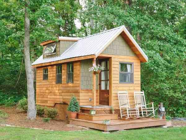extremely tiny homes minimalistic