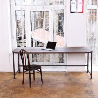 Make Your Office More Eco-Friendly With a Reclaimed Wood Desk