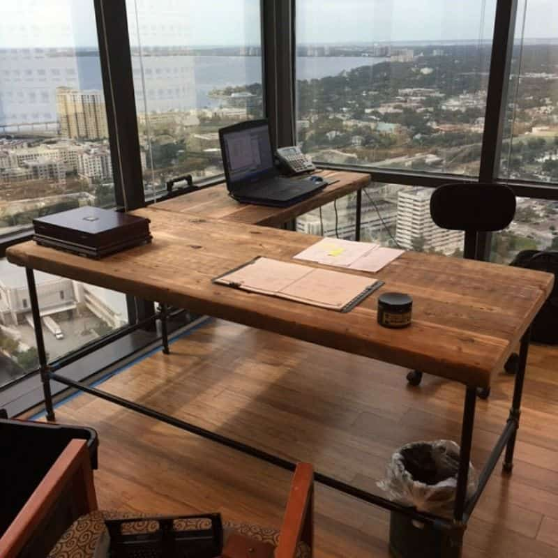 Luxury Offices: Beautifully Reclaimed Wooden Desks