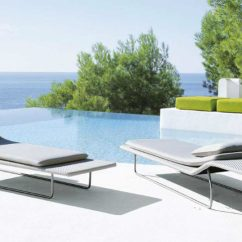 Poolside Lounge Chairs Sash For Ultra Modern Pool To Turn Your Backyard Into Retreat View In Gallery Surf By Paola Lenti 900x485