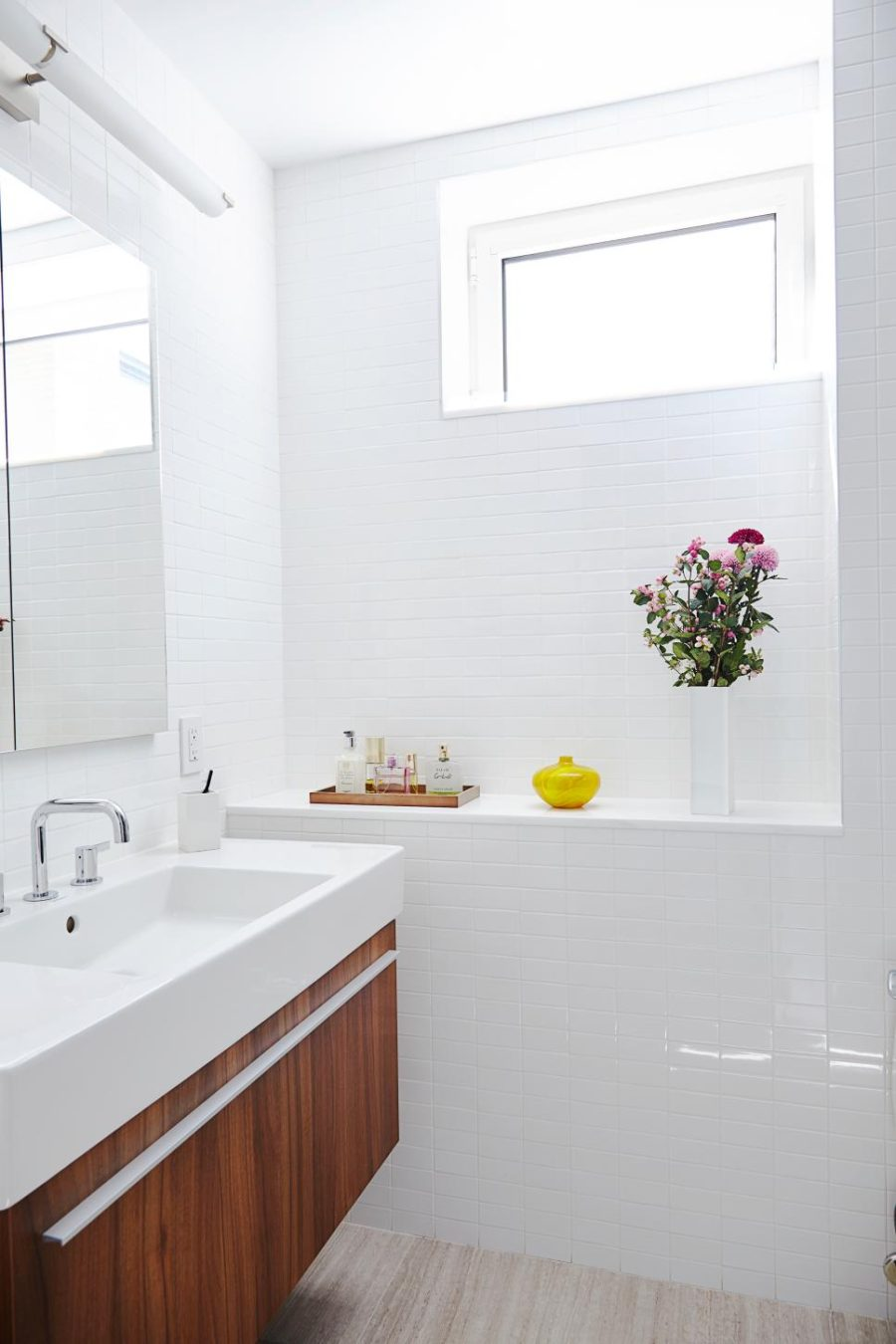 Remodeling Ideas For Small Bathrooms These Small Bathrooms Will Give You Remodeling Ideas