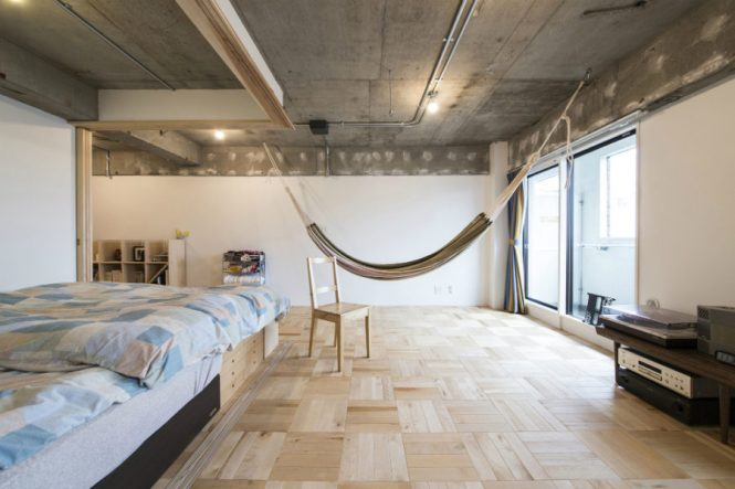 Ious Bedroom With A Hammock