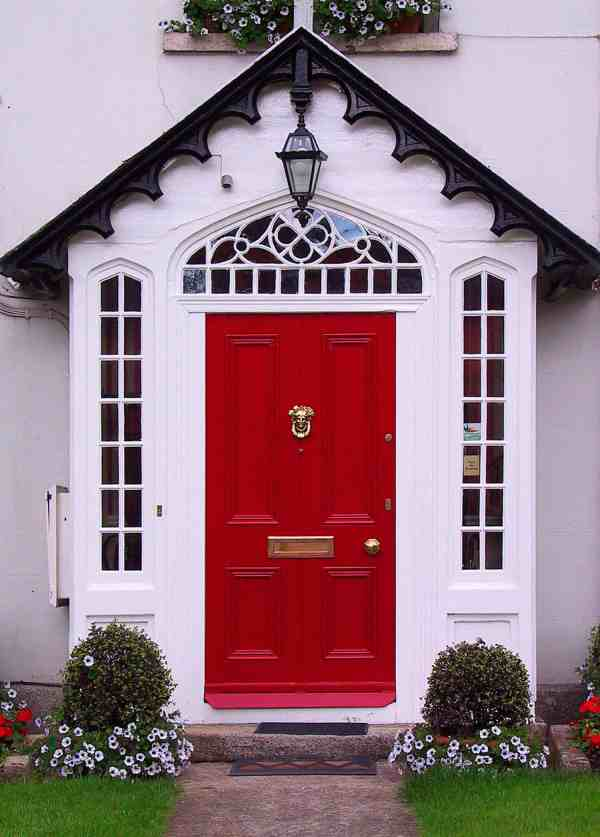 Houses with Red Front Doors