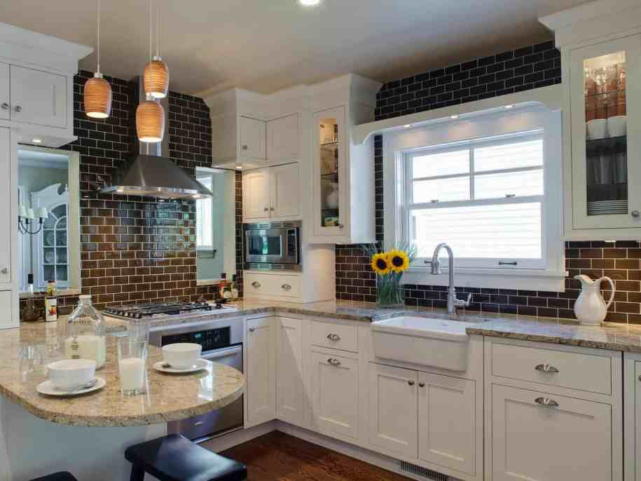 11 Kitchen Backsplash Ideas You Should Consider