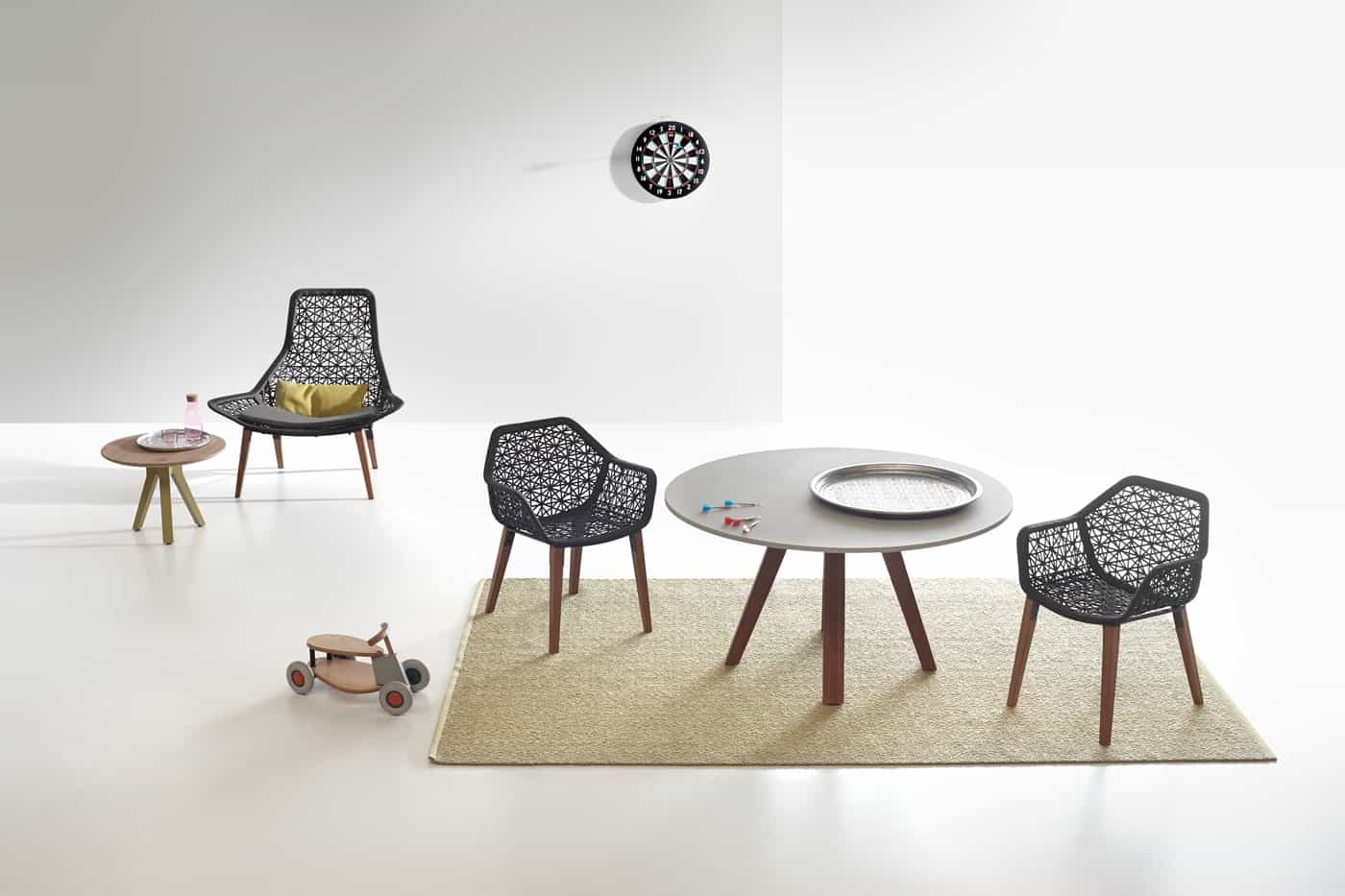egg swing chair thomasville wingback chairs kettal maia rope furniture collection by patricia urquiola