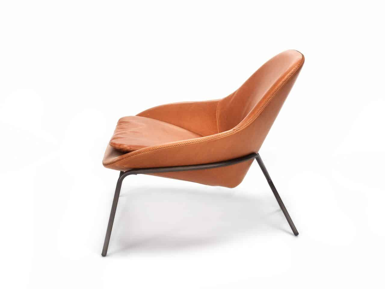 long lounge chair kid bean bag chairs canada comfortable leather cross leg by magnus view in gallery 4 looks jpg