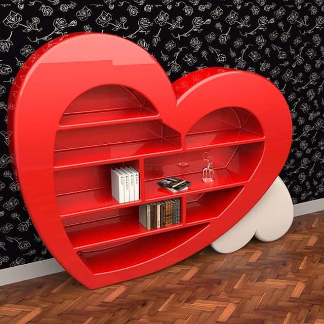 15 Heart Shaped Furniture and Decor Ideas
