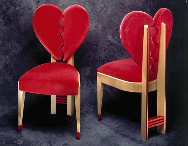 15 Heart Shaped Furniture and Decor Ideas