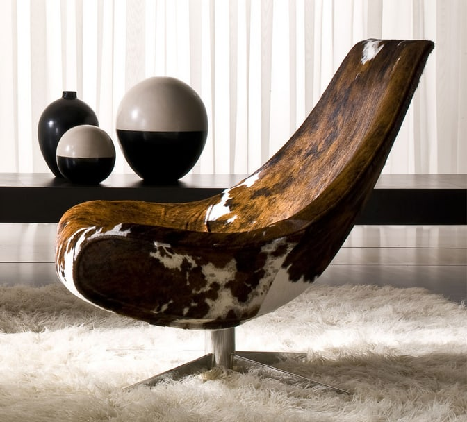 Cowhide Lounge Chair by Italy Dream Design  Oyster