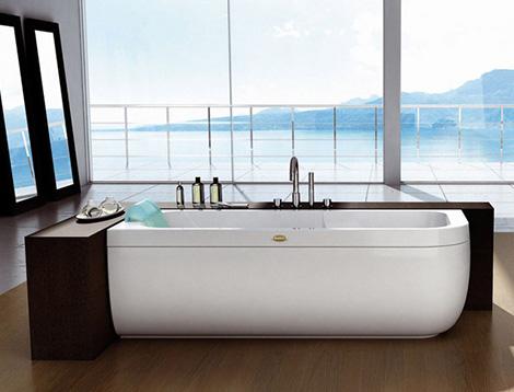 Designer Bathtub from Jacuzzi Europe by Carlo Urbinati ...