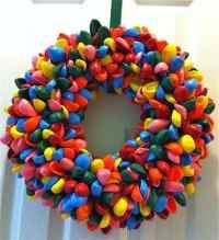 21 Creative Non Traditional Christmas Wreaths