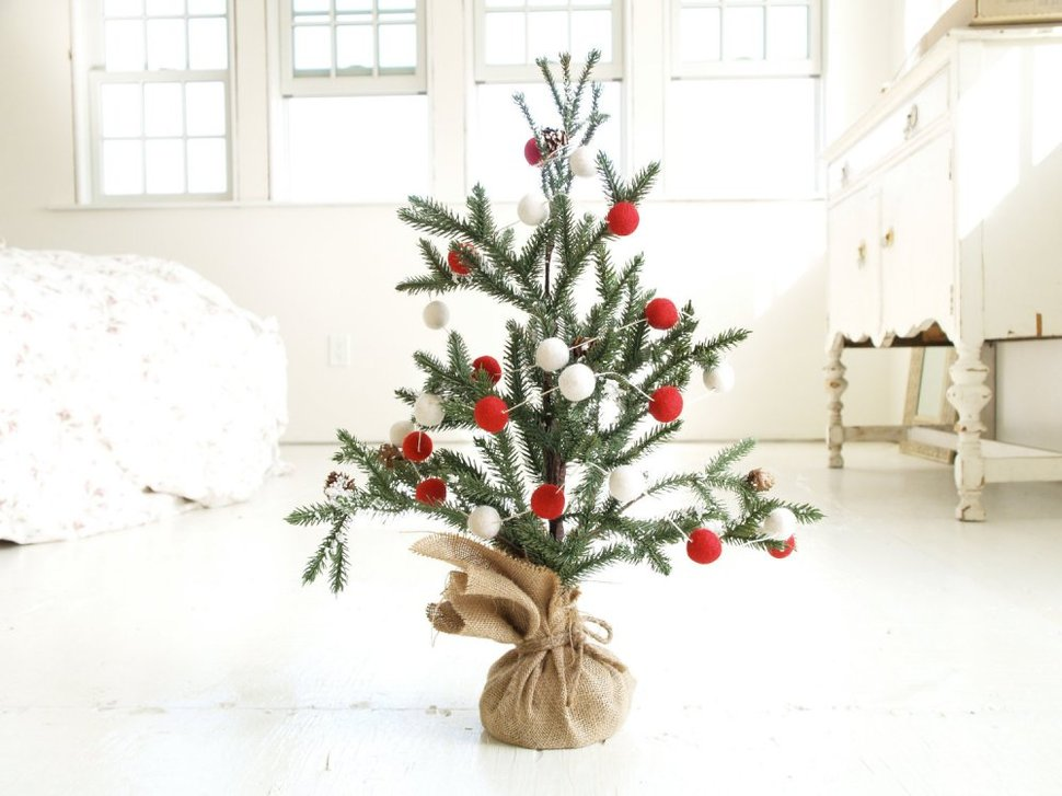 white wood kitchen table decoration 21 table-size christmas trees to set the holiday mood