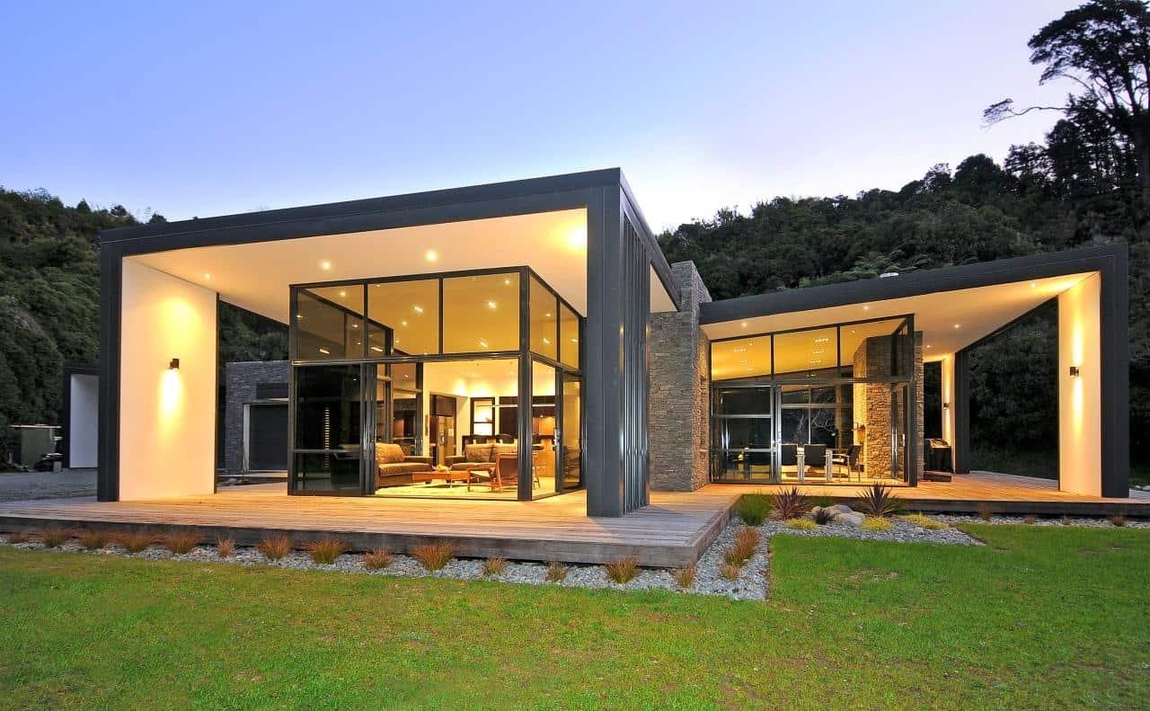 3 Glass Cubed Volumes Sheltered Under Roof Define