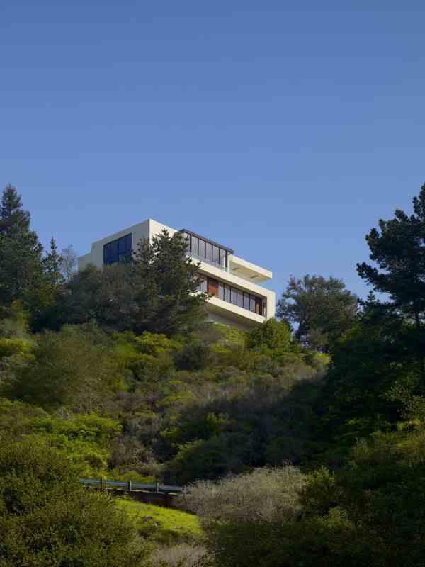 Mediterranean Style Dream Home Top Of Steep Hill