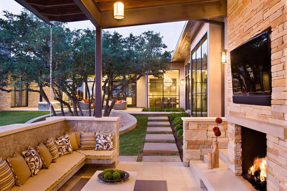 outside living room designs
