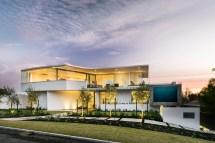 Beach Home Luxury House Design
