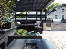 Chicago Modern House Design - amazing rooftop patio