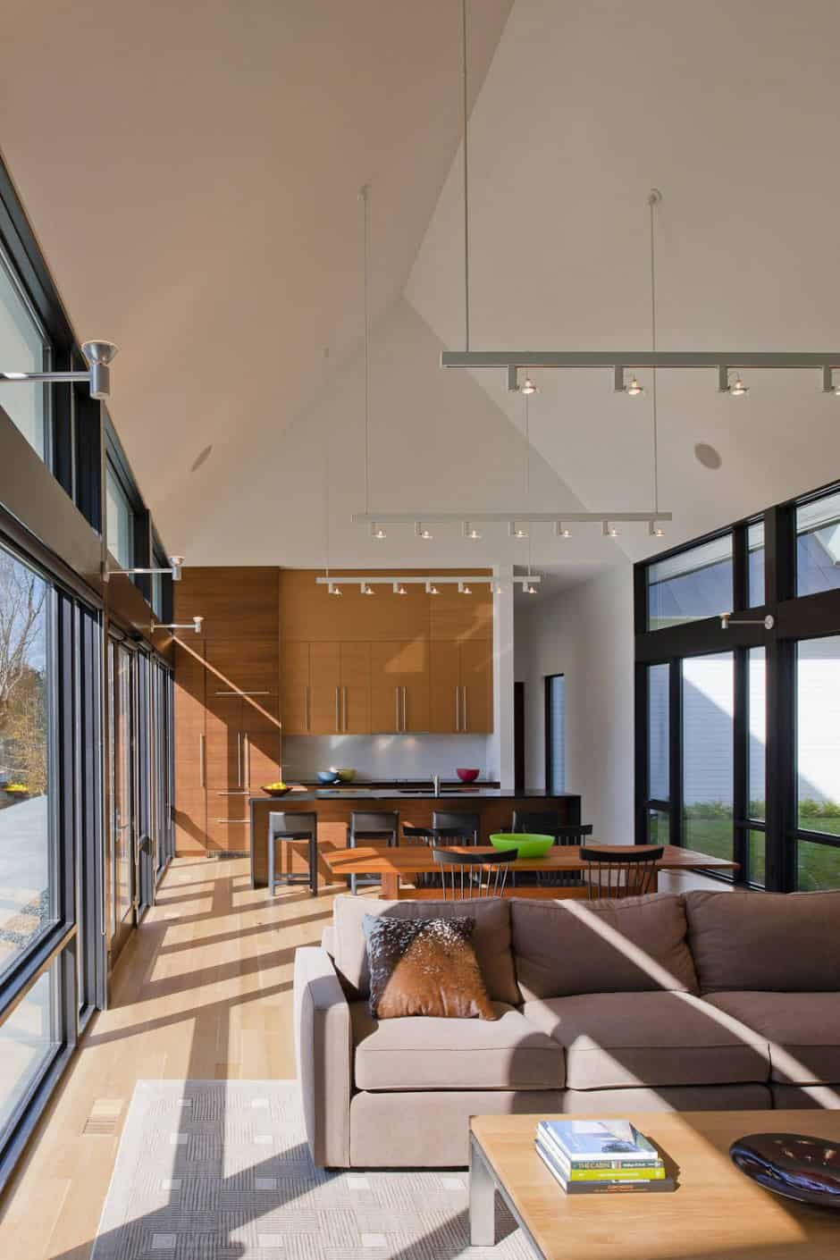 Contemporary Take On The Warm Country Home
