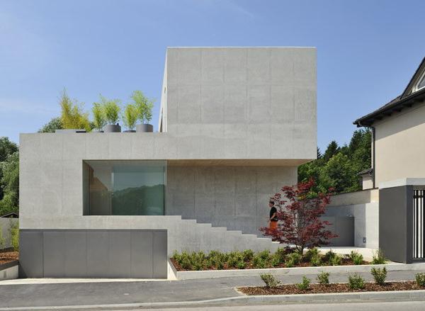 Multi Level House Plan In France