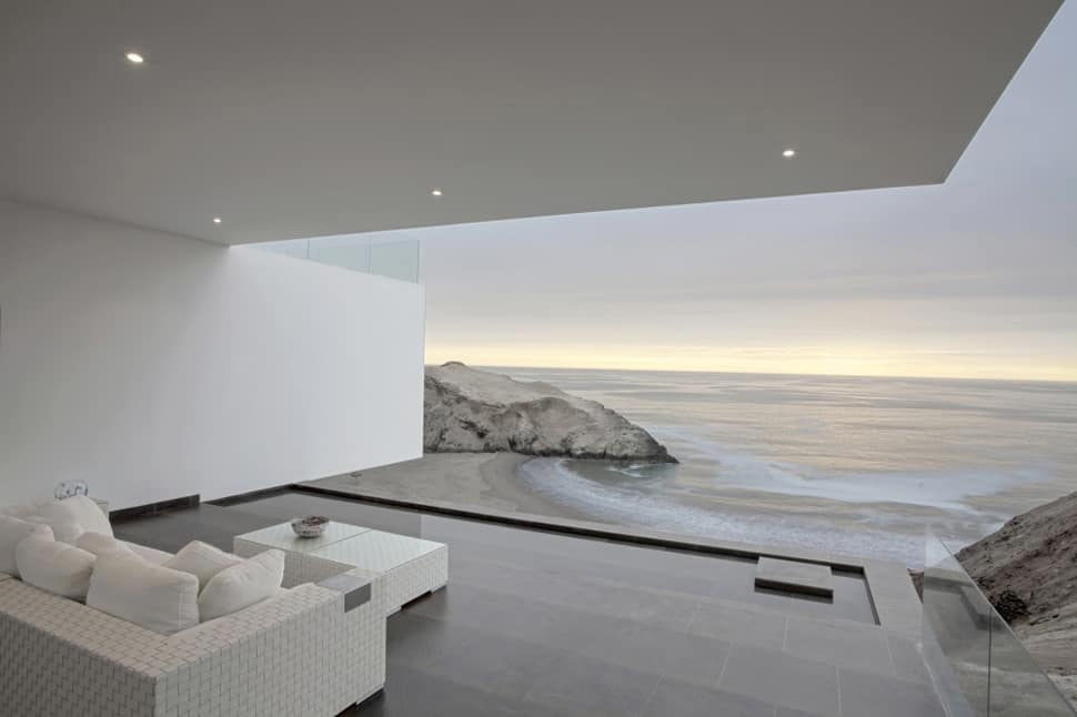 Serene Home Design Composed Of Many Volumes
