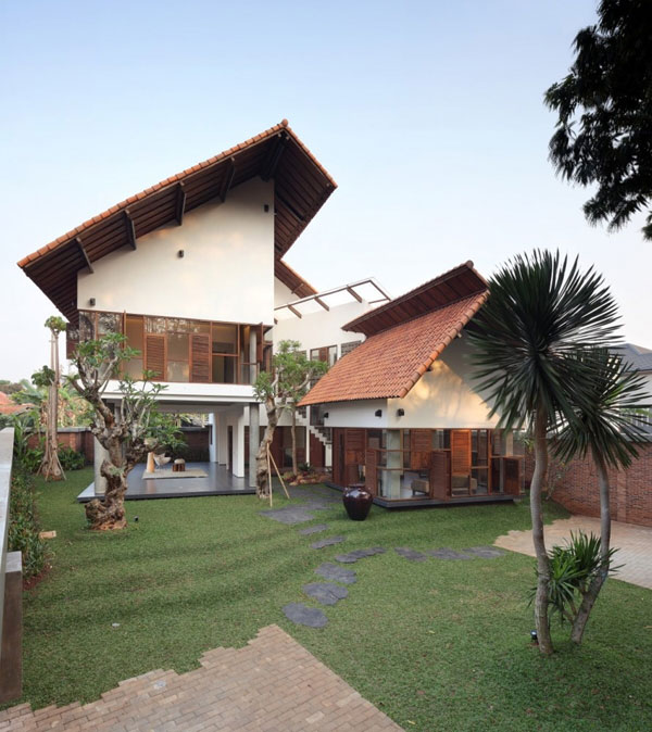 Modern Indonesian Houses – A Beautiful Balance