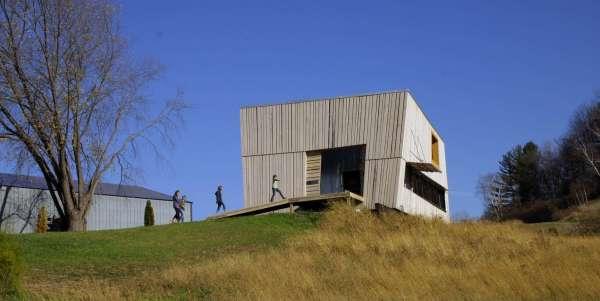 Modern Barn Home Designs