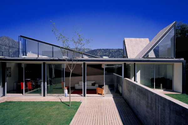 Innovative Home Design For The Pedro Lira House In Santiago Chile