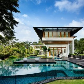 rooftop lawn house with huge glass walls 3 pool day 285x285 - THE MOST AMAZING ROOF TOP GLASS HOUSE IDEAS AND PICTURES