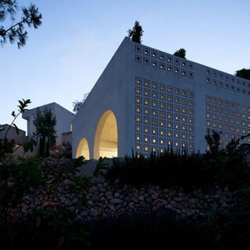 Modern Middle Eastern Architecture in Tel Aviv
