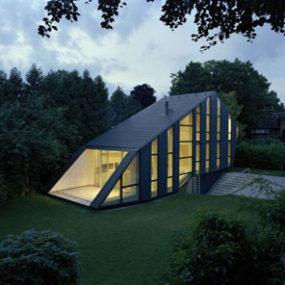 Glazed Homes  LShaped Garden House