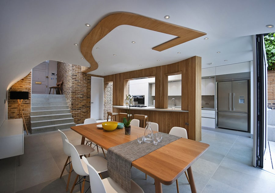 Victorian Home In London Gets Curvaceous, Bodacious Extension