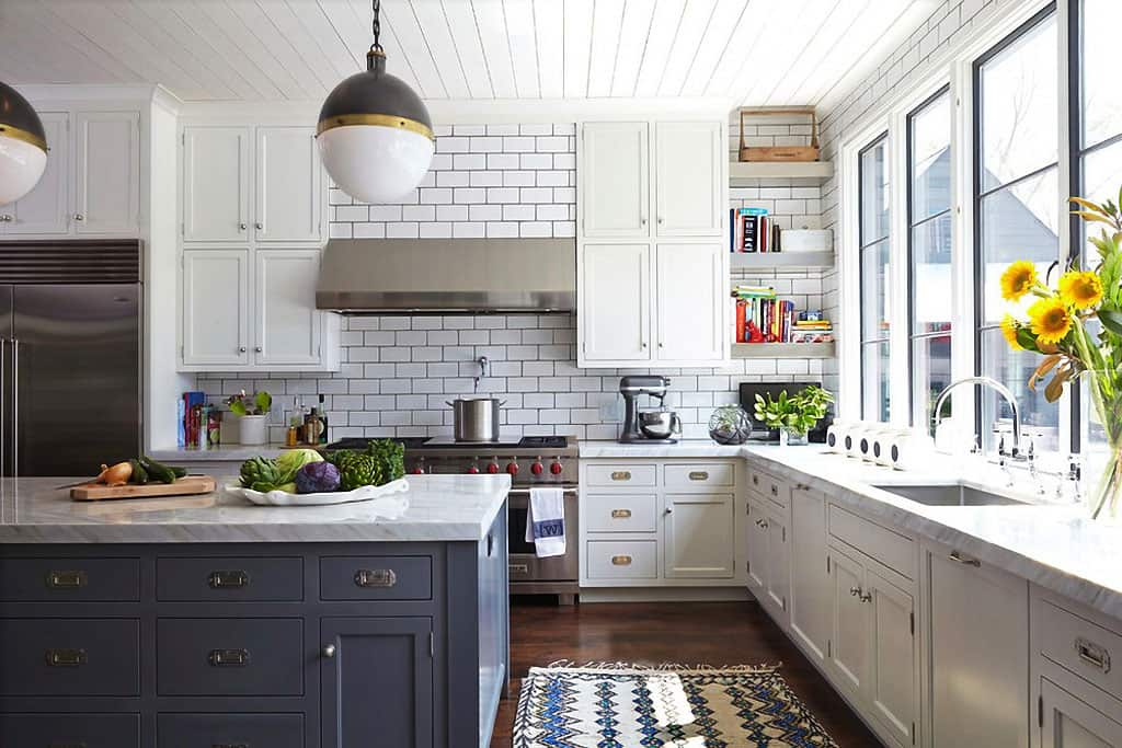 White Subway Tile Kitchen Designs are Incredibly Universal