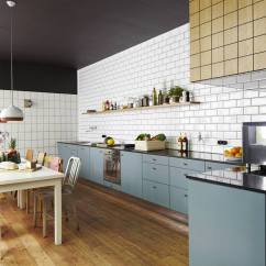 Subway Tile For Kitchen Renovation Budget White Designs Are Incredibly Universal Urban Vs View In Gallery Compare These Two Amazingly Similar But Different Kitchens 1 Thumb 630xauto 53801