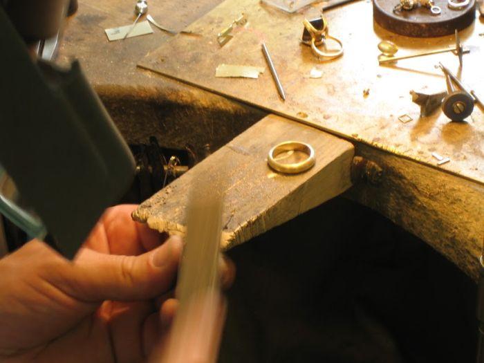 El Yapımı Alyans Yüzük Nasıl Yapılır? (22 Fotograf)
