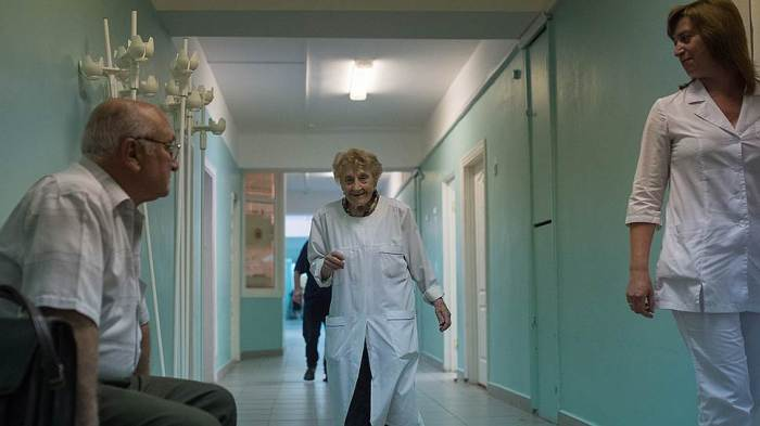 87 Yaşında ki Rus Cerrah Alla Levushkina (11fotograf)