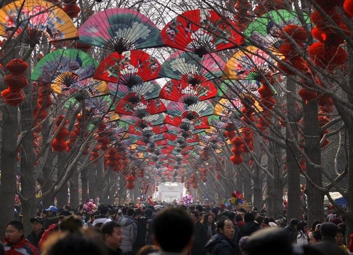 Kalabalıktan Çok mu Bıktınız?Çin'den Görüntüler (21 Fotograf)