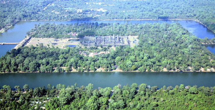 Храмовый комплекс Ангкор (г. Сиемреап) - достопримечательности Камбоджи