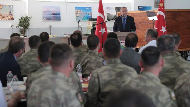 erdogan saraybosna Turk askerleri1.jpg